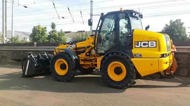 JCB TM 320