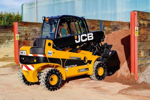 Three JCB TLT 35D Teletrucks for Swindon Client – Contract