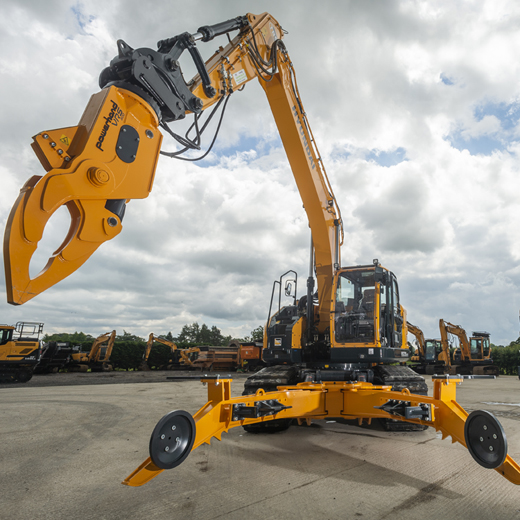 Hyundai excavator front view with Powerhand VRA attachment